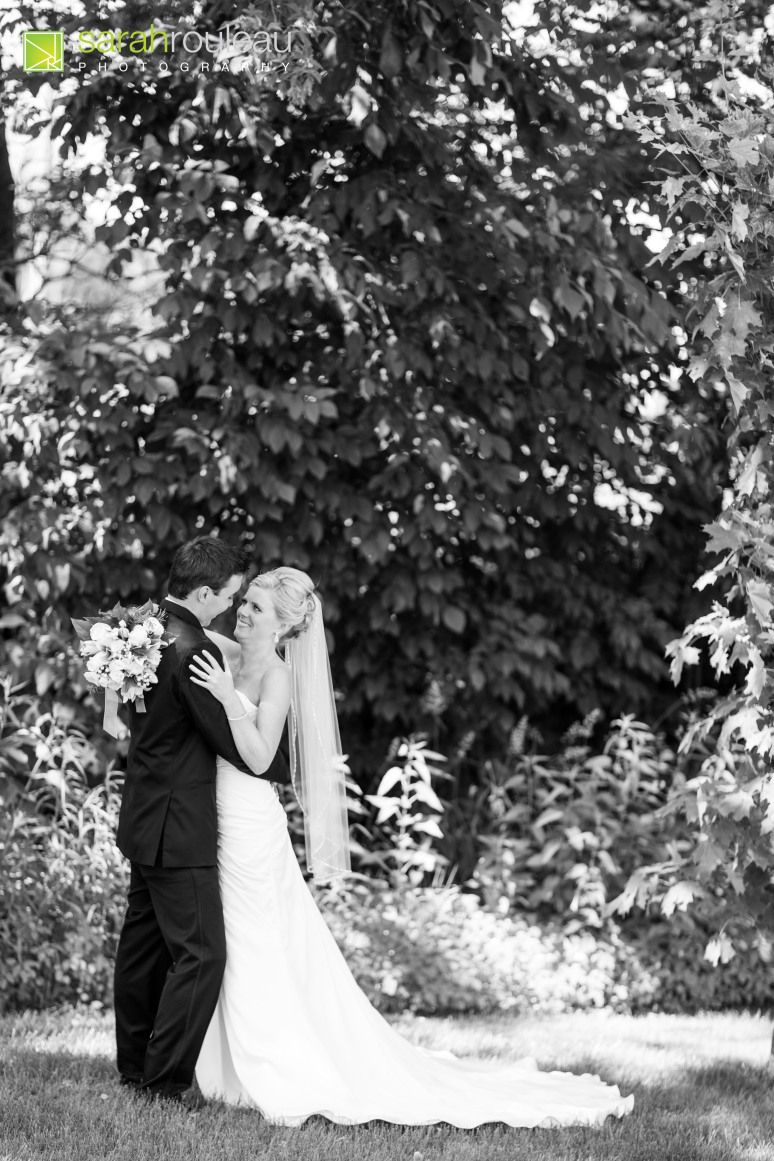 Kingston Ottawa Wedding Photographer - Waring House - Sarah Rouleau Photography - Jessie and Matt Photo-36