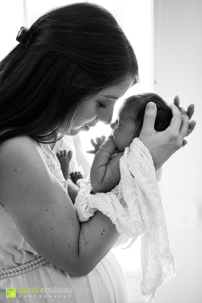 kingston-wedding-photographer-kingsto-newborn-photographer-sarah-rouleau-photography-baby-evelyn-17
