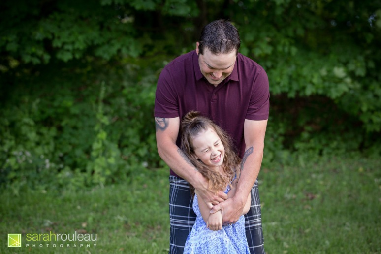 kingston family photographer - sarah rouleau photography - The Villeneuve Family 2020-11