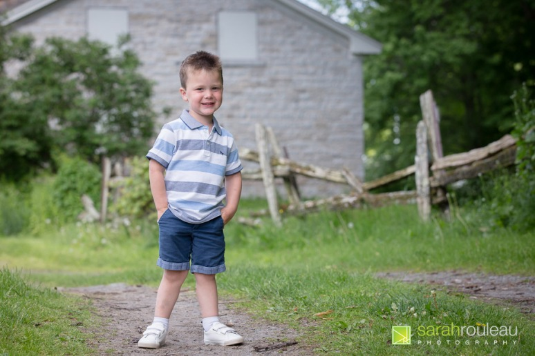 kingston family photographer - sarah rouleau photography - The Villeneuve Family 2020-3