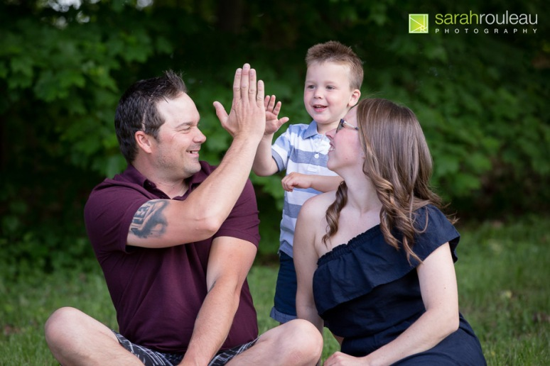 kingston family photographer - sarah rouleau photography - The Villeneuve Family 2020-6